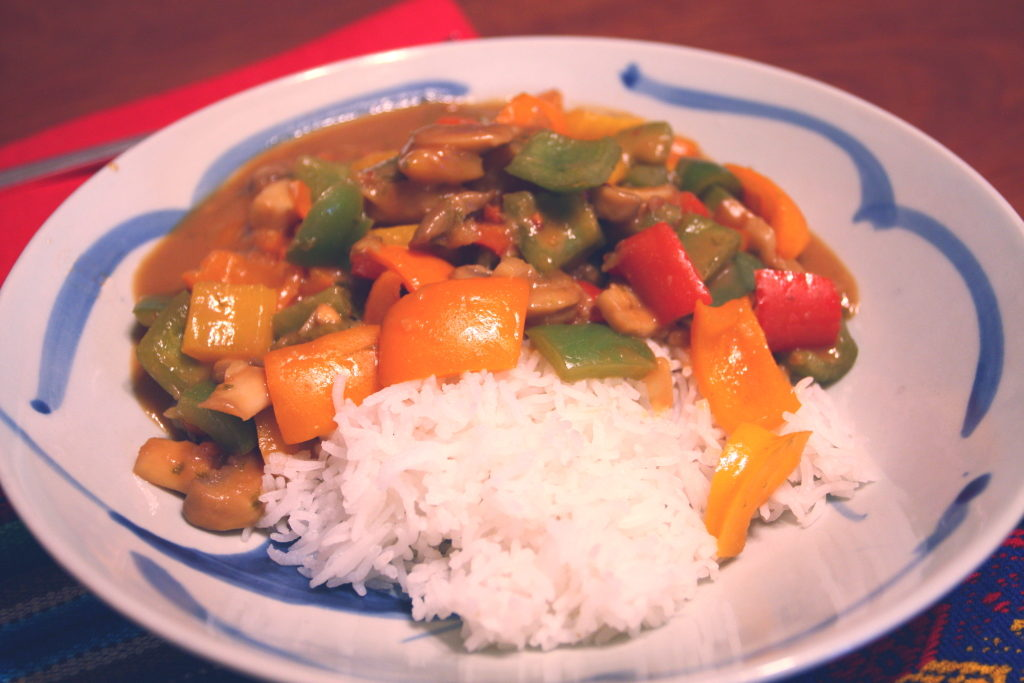 vegetables in peanut sauce