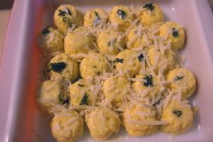 roman-style polenta gnocchi