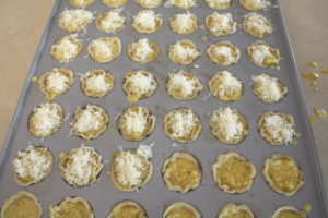 filling tartlets
