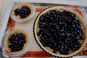 berries in tart pans