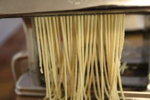 cutting ramen noodles