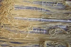 ramen noodles drying